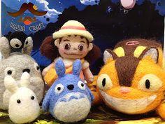 Wawa.craft Totoro needle felted set <3 Needle Felted Animals, Felt Animals, Felt Diy, Felt Crafts, Hobbies And Crafts, Diy And Crafts, Crochet Totoro, Manga, Sharpie Crafts