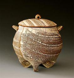 brown -  kohiki  - ceramic - Akira Satake