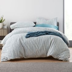 Rows of hand-painted stripes span across this cozy flannel duvet cover in rich teal on ivory. Reproduced on cozy 5 oz. cotton that's been brushed on both sides for a soft, inviting hand. The Company Store Bedding Shop, Linen Bedding, Bed Linens, Flannel Duvet Cover, Home Decor Sale, The Company Store, Bed Linen Design, Bedding Websites, Gray Bedroom