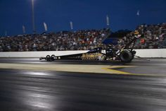 """Tony """"The Sarge"""" Schumacher & DSR Team Testing in FL with 2015 US. Army T/F Dragster."""