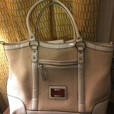 Reduced New Maxx New York Signature handbag New Maxx NY, shoulder tote white patent leather and bone straw like purse. Great for summer. Lots of storage 5 compartments inside. Great bag!!!! Maxx New York Bags Totes