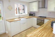 cozinha com balcoes de madeira planejada 450x304