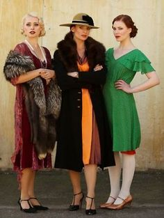 One ruled its sly grog shops. The other was the one every gangster wanted on his arm. Vintage Gypsy, Style Vintage, Vintage Looks, Vintage Inspired, Gatsby Style, Flapper Style, 1920s Flapper, 20s Fashion, Vintage Fashion