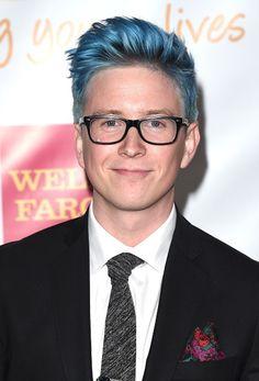Tyler Oakley Bleu foncé cheveux