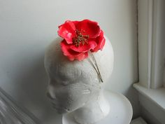 Shop for on Etsy, the place to express your creativity through the buying and selling of handmade and vintage goods. Hair Fascinators, Fascinator Hairstyles, Bridal Headpieces, Vintage Headbands, Vintage Bracelet, Head Pieces, Vintage Floral, Hot Pink, Spring