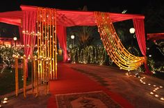 33 Ideas For Wedding Backdrop Red Simple Gate Decoration, Entrance Decor, Stage Decorations, Indian Wedding Decorations, Wedding Themes, Wedding Ideas, Flowers Decoration, Indian Weddings, Wedding Gate
