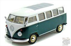 Welly 1962 Volkswagen Classical Bus, Green 1:24