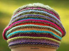 Bonnets tricotés en 2011                   Des chapeaux, comme des bonbons Anglais !        Des bérets qui font rigoler ....         ...