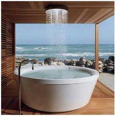 Outdoor bath for Waipu