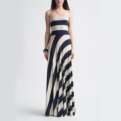 Big French Stripe Lolita Gown. @Kimbrell Lee this would look amazing on you!