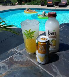 Pineapple Poolside Drink = Pine-Apple-Rita + bai Puna Coconut Pineapple- So refreshing and low calorie! Liquor Drinks, Dessert Drinks, Party Drinks, Cocktail Drinks, Fun Drinks, Healthy Drinks, Beverages, Desserts, Cocktail Recipes