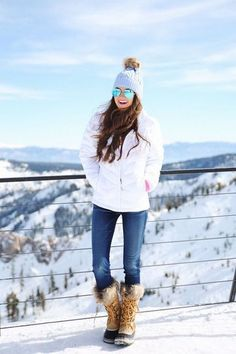 como vestirse para el frio y juvenil Snow Day Outfit, Winter Snow, Winter Wear, Fall Winter Outfits, Winter Hats, Snow Fun, Winter Jackets, Summer Outfits, Ski Fashion