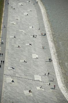 Willy Brandt Platz, Seaside Bremerhaven, Germany. Design: Latz + Partner LandschaftsArchitekten / © Markus Tollhopf