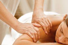 Ultrassom e um tipo de massagem Marília Martins – Centro: 4, 8 ou 12 visitas com ultrassom + drenagem, massagem relaxante ou modeladora a partir de R$59