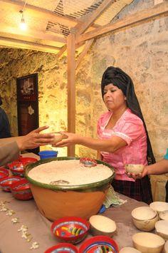 TEJATE, DE SAN ANDRES HUAYAPAN VALLES CENRALES DE OAXACA MÉXICO