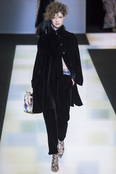 Apparently it's all about coats and capes. Giorgio Armani Fall 2016 Ready-to-Wear Fashion Show