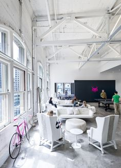 Office Space Design By Gensler San Francisco Of Ad Agency Muh Tay Zik Hof Fer Black And White