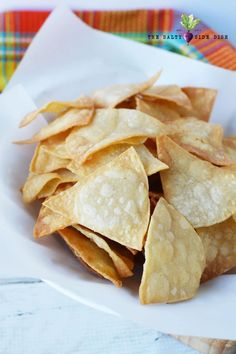 Homemade Tortilla Chips from Corn Tortillas in 5 minutes, easy homemade Mexican in minutes! Nacho Chips, Homemade Tortilla Chips, Homemade Chips, Homemade Tortillas, Corn Chips, Corn Tortillas, Mexican Food Recipes, Snack Recipes