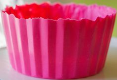 Giant Cupcake Candy Melt Liner: https://partycakescanberra.wordpress.com/2012/06/06/tutorial-how-to-make-a-giant-cupcake/