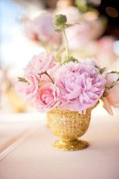 Tischdeko Pfingstrosen gold rosa lila Hochzeit