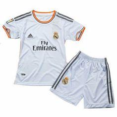 Nueva equipacion del Real Madrid 2013-2014 para ninos