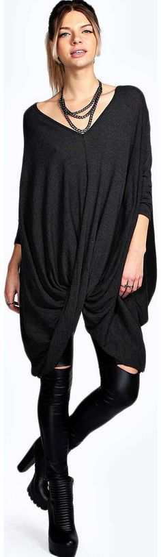 boohoo Salma Twist Oversized Jumper - charcoal azz14890 Go back to nature with your knits this season and add animal motifs to your must-haves. When youre not wrapping up in woodland warmers, nod to chunky Nordic knits and polo neck jumpers in peppered mar http://www.comparestoreprices.co.uk/womens-clothes/boohoo-salma-twist-oversized-jumper--charcoal-azz14890.asp