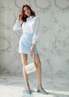 Korean Women`s Fashion Shopping Mall, Styleonme. Korean Girl Fashion, Korea Fashion, India Fashion, Womens Fashion For Work, Fashion 2020, Asian Fashion, Fashion Models, Street Fashion, Girl Outfits