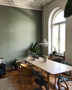Almost friday.🤗 Sharing beautiful dining area with you today 🌿 Dining Area, Dining Room, Dining Table, Almost Friday, Shop Interior Design, Design Shop, Scandinavian Design, Simple, Furniture