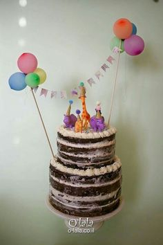 Naked cake for kids
