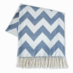 Love this throw -- it's not only soft, but also adds a great pattern on your couch, bed or side chair -- i want it!