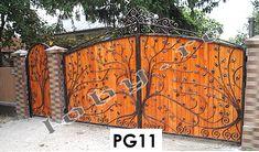 Porti fier forjat placate cu lemn la interior.