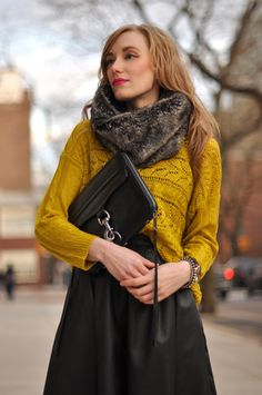such a great fall look. OBSESSED with this mustard color, wish I could actually wear it!