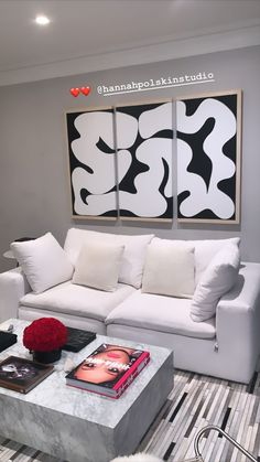 Teen Room Decor, Living Room Decor, Bedroom Decor, First Apartment Decorating, Dream House Interior, Minimalist Room, Cute Home Decor, Aesthetic Room Decor, Apartment Interior