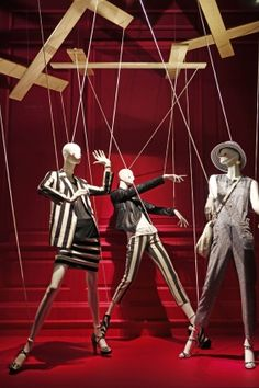 ♂ Retail store window display visual merchandising - Saks Fifth Avenue, New York