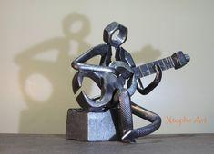 welding art projects for beginners Welding Art Projects, Diy Welding, Metal Welding, Cool Art Projects, Welding Table, Diy Projects, Junk Metal Art, Scrap Metal Art, Metal Artwork