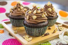 Cocoa, #Nutella #muffins with hazelnuts: http://www.briosedeacasa.ro/briose-crema-ciocolata-alune-padure/ (in Romanian, with translator).