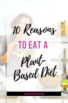 Want to try a plant-based diet but aren't sure what the benefits are? Read to learn more about a plant-based diet and how it can help you lead your healthiest life! Whole Plant Based Diet, Plant Based Vegan Diet, Vegan Recipes Plant Based, Plant Based Nutrition, Plant Based Eating, Plant Based Protein, What Is Healthy Eating, Healthy Vegetarian Diet, Vegan Nutrition