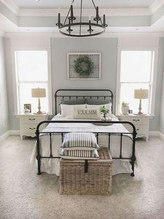 Cozy Farmhouse Bedroom Design Ideas Freshoom.com 1612