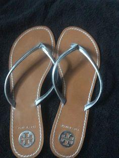 35b929ec2ec Tory Burch Sz 11 Abitha Pewter Silver Metallic Leather Flip Flops Thong  Sandals