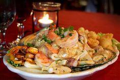 No Restaurante Muchaxo usufrua de uma vista privilegiada para o mar do Guincho enquanto saboreia um delicioso arroz de marisco. Refeição para 2 pessoas por apenas 27€. - Descontos Lifecooler
