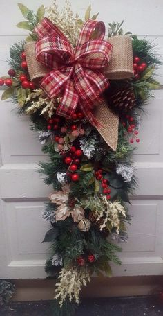Beautiful Country Red and Cream Swag with Plaid Bow Christmas for Front Door