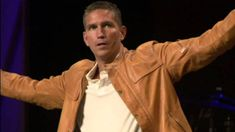 Jim Caviezel Testimony (Actor Who Played Jesus in The Passion of the Chr.Very interesting testimony. The actor that portrayed Jesus became a true Christian during the filming of the picture. Jim Caviezel, Christian Videos, Christian Life, La Passion Du Christ, The Passion, Religion Catolica, Soli Deo Gloria, Inspirational Videos, Pro Life