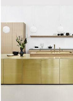 Form 45 / Messing by Multiform. Hidden Kitchen, Small Space Kitchen, Minimal Kitchen, Modern Kitchen Design, Kitchen Furniture, Kitchen Interior, Küchen Design, Interior Design, Kitchen Cabinet Door Styles