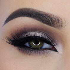 Always so pretty @miaumauve.  Details  ✨@urbandecaycosmetics Naked 2 and 3 palette, ✨@eyeko Liquid Eyeliner in Black, ✨@shophudabeauty mink lashes in Sophia #WeekendInspiration #inspiration #miaumauve by makeupbygisset http://ift.tt/1NueHSP