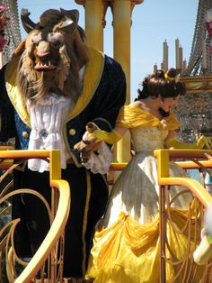Beauty and the Beast (Parade of Dreams - Disneyland)