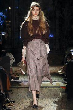 Luisa Beccaria Fall 2017 Ready-to-Wear Fashion Show
