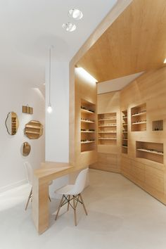 La Galerie de Lunettes by French Architects Dumazer & Lafallisse. A former gallery in Paris converted into an optician's.