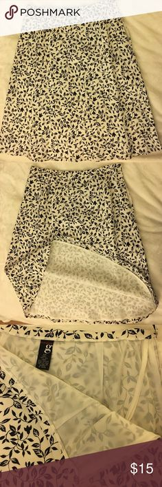NWT Elements silk skirt with acetate lining Brand new Elements silk skirt with acetate lining, 12p, smoke and pet free home Grace Elements Skirts Midi