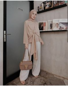 New dress modest casual lace 45 Ideas Muslim Fashion, Modest Fashion, Fashion Outfits, Hijab Casual, Hijab Chic, Hijab Dress, Hijab Outfit, Kebaya Hijab, Modest Dresses