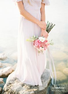 bridal bouquet http://trendybride.net/organic-bridal-portraits-wedding-magazine-feature/ {trendy bride}